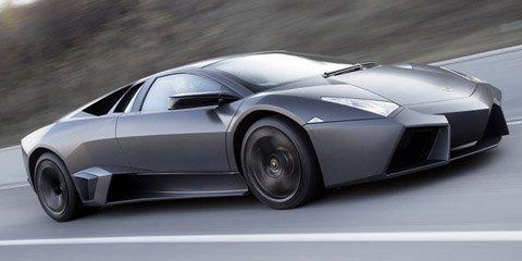 Lamborghini-Reventon-on-the-Road-480.jpg