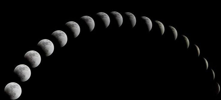 a-total-solar-eclipse-1113799__340.jpg