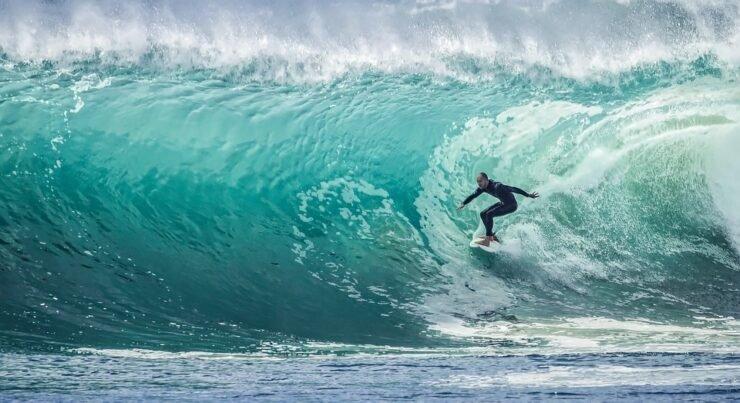 wave-1246560_960_720.jpg