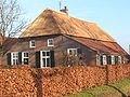 120px-Rieten_dak_old_farmhouse.jpg