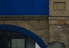 220px-London_stock_brick_%28bridge%29.jp