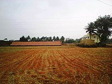 220px-Brick_kiln%2C_Belawadi%2C_Mysore.j