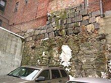 220px-2008_BeaconHill_Boston_2302897829.