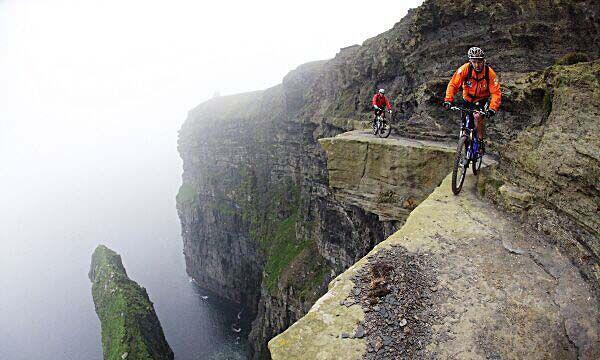 mtb-cliffs-of-moher.jpg.4b3826c7f7edc41a4048af5c4a51aa3a.jpg