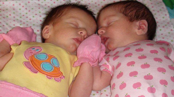 babies.jpg.fce156e14a7ade9dc92ea0c3596f3127.jpg