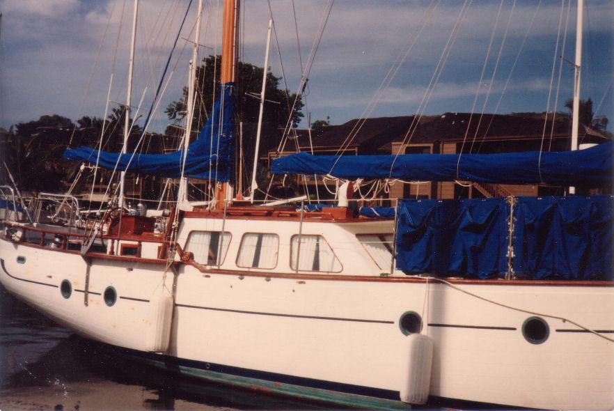 1stboat.jpg.8fcd84987f06c81e37fb0a1c06159008.jpg